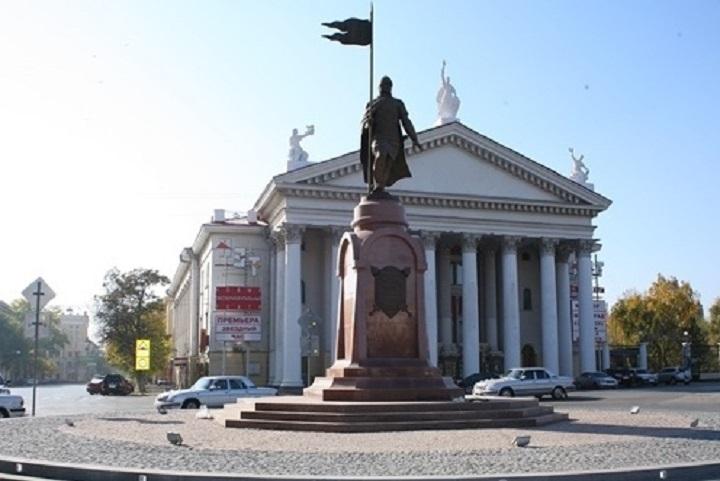 Движение авто вцентре Волгограда ограничат 28ноября