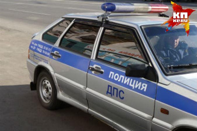 Натрассе «Омск-Тара» маршрутка врезалась в грузовой автомобиль, трое пострадавших