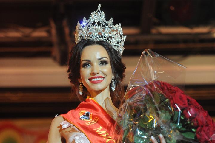 Красотка Юлия Ступишина впервые представит Нижний Новгород на конкурсе «Миссис Земной шар».