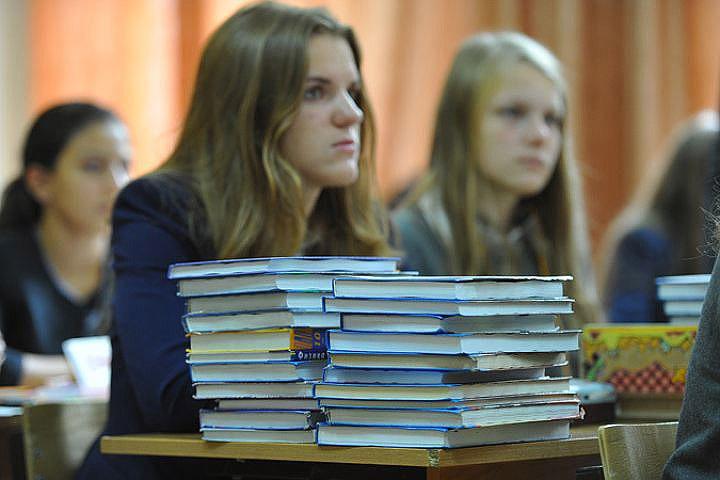 Нескольким гимназиям в Таллине и на северо-востоке Эстонии разрешат полностью вернуть обучение на русском языке.