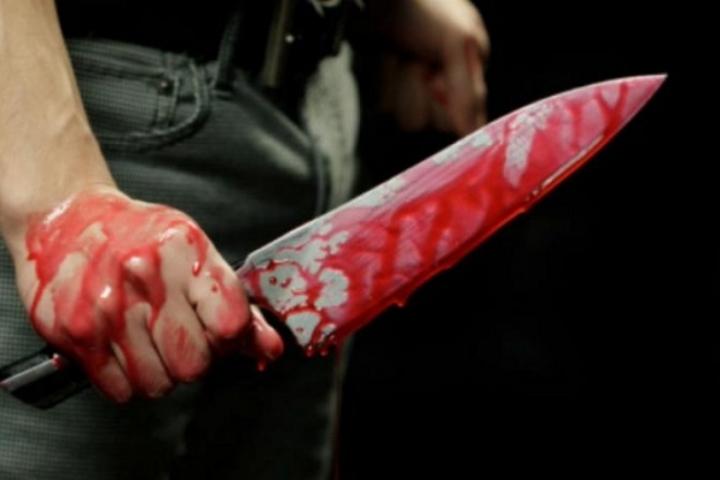 ВСочи мужчина зарезал прежнего тестя ипытался уничтожить 28-летнюю девушку