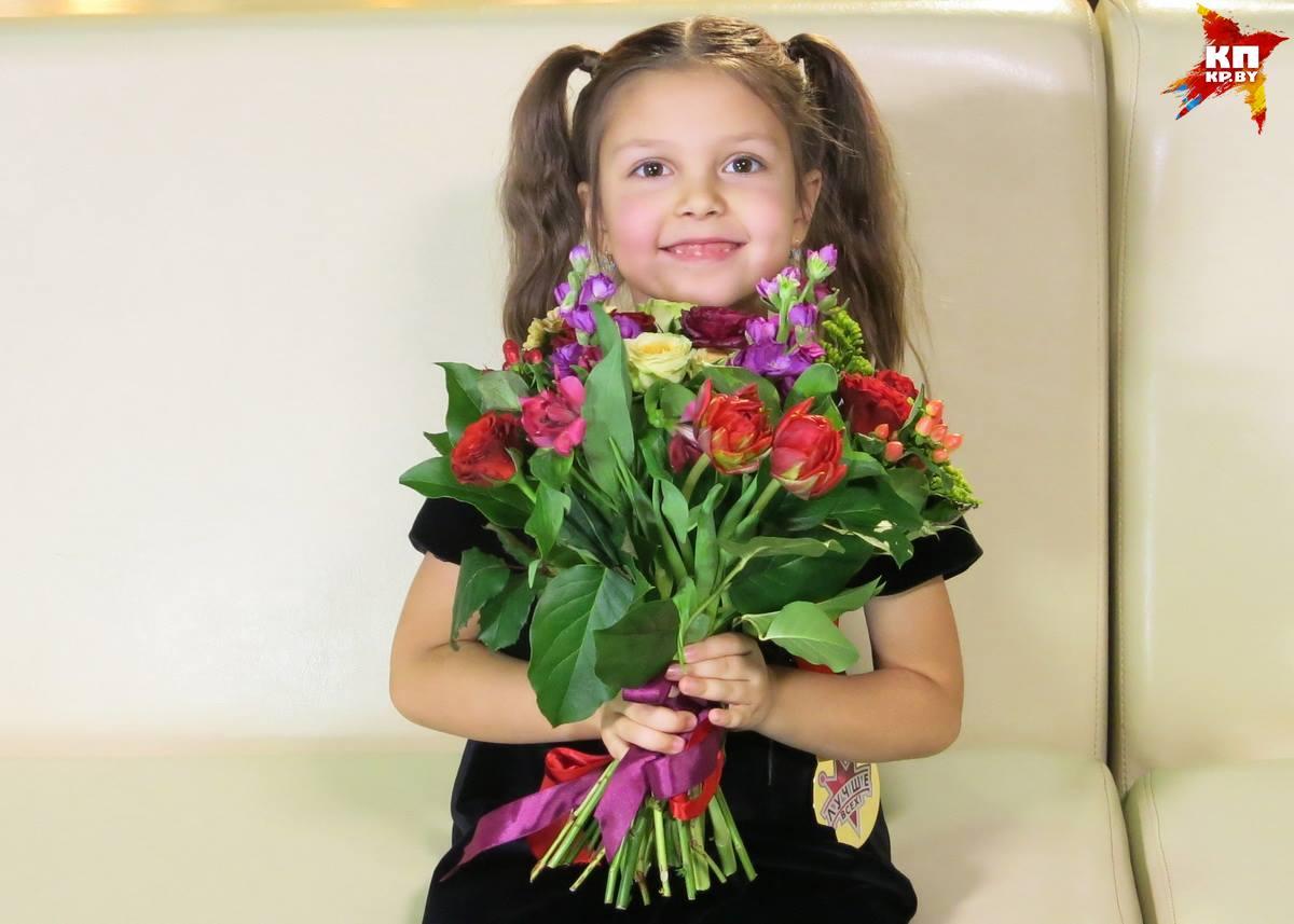 Пятилетняя брестчанка поразила созерцателей шоу «Лучше всех» чтением книжек наизусть
