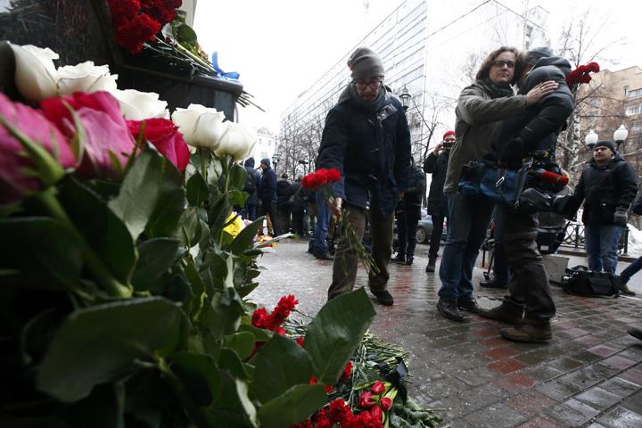 Беларусь объявила траур попогибшим вавиакатастрофе Ту-154