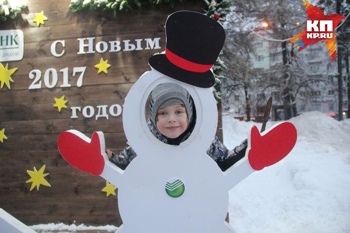 Завыходные новогодний городок наплощади Горького посетили 6,5 тыс. человек