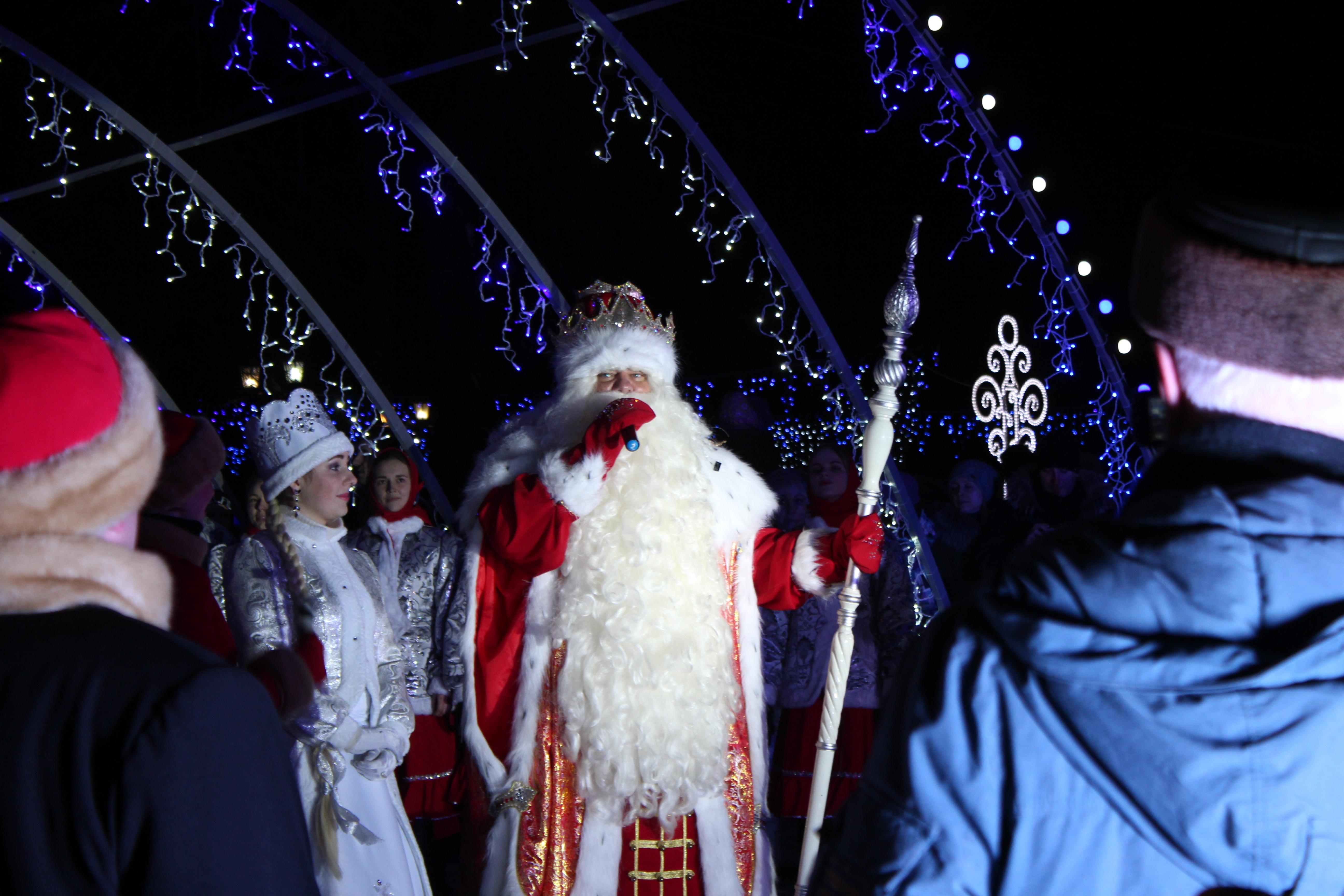 «Десант Деда Мороза» высадится вТомске надень позже из-за траура