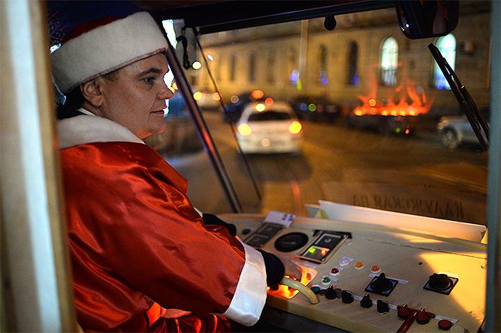Впервый раз метро столицы будет работать всю новогоднюю ночь