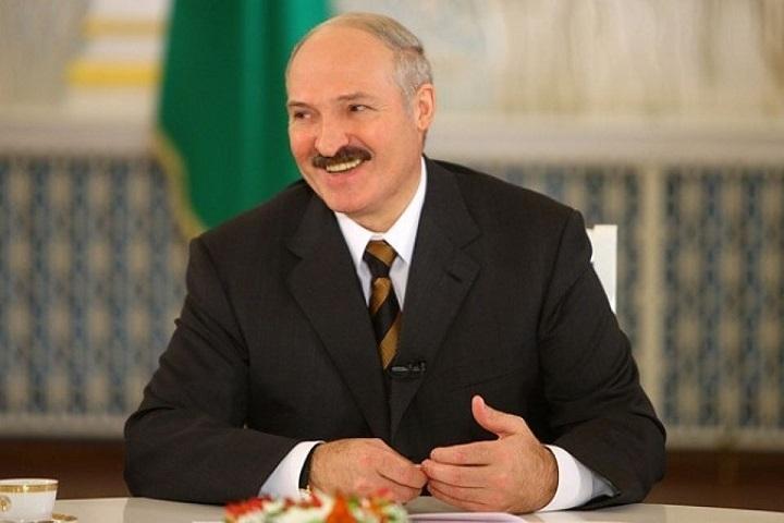 Лукашенко поделился новогодней мечтой— опять $500 средней заработной платы