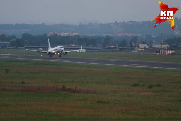 Уприземлившегося вЕкатеринбурге самолёта оказался сломан мотор