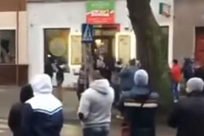 ВПольше произошла серия атак на«кебаб-кафе»