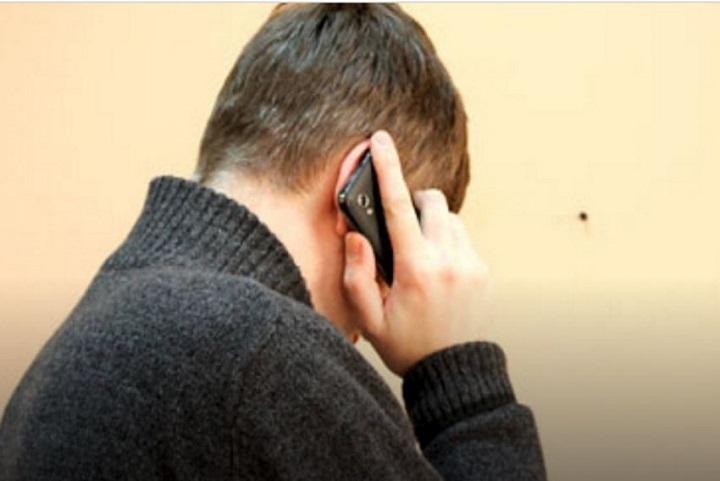 Похотливый мужчина развращал потелефону молодых школьниц вЧебоксарах