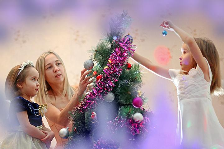 Как вернуть нам или подарить детям забытое ощущение радостного Нового года? Неужели опять все запретить?