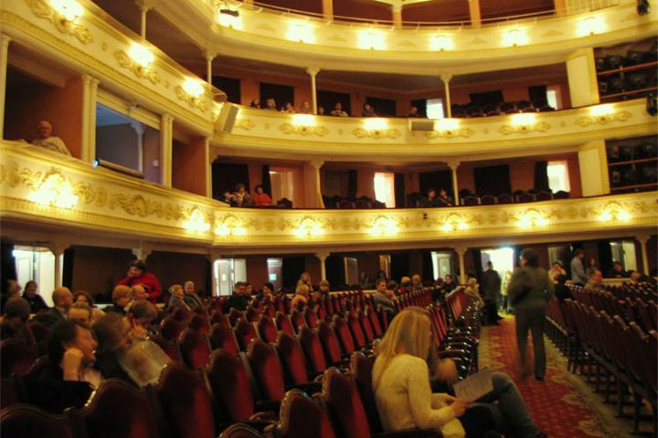 Театр Русской драмы имени Леси Украинки - очаг Мельпомены в столице Украины