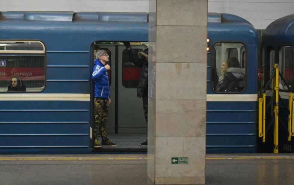 Вмосковском метро появятся вагоны синтерактивными схемами иUSB-розетками