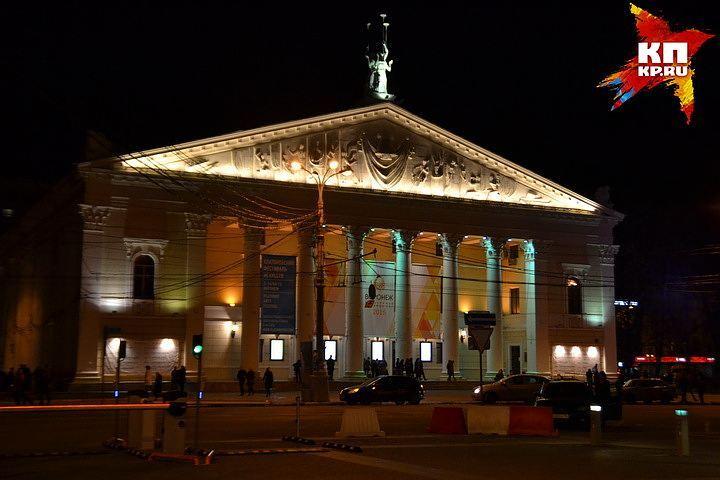 Концерт памяти погибших артистов ансамбля Александрова пройдет в столицеРФ 26января