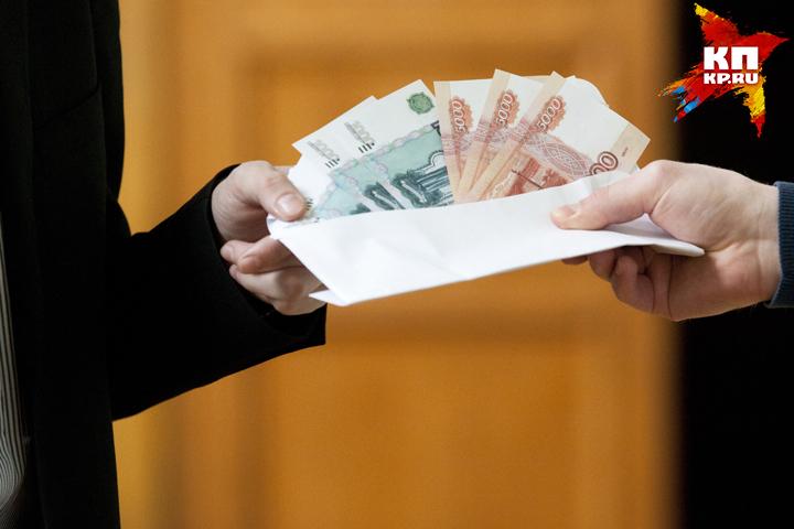 Замглавы администрации Почепского района схвачен поподозрению вдаче взятки