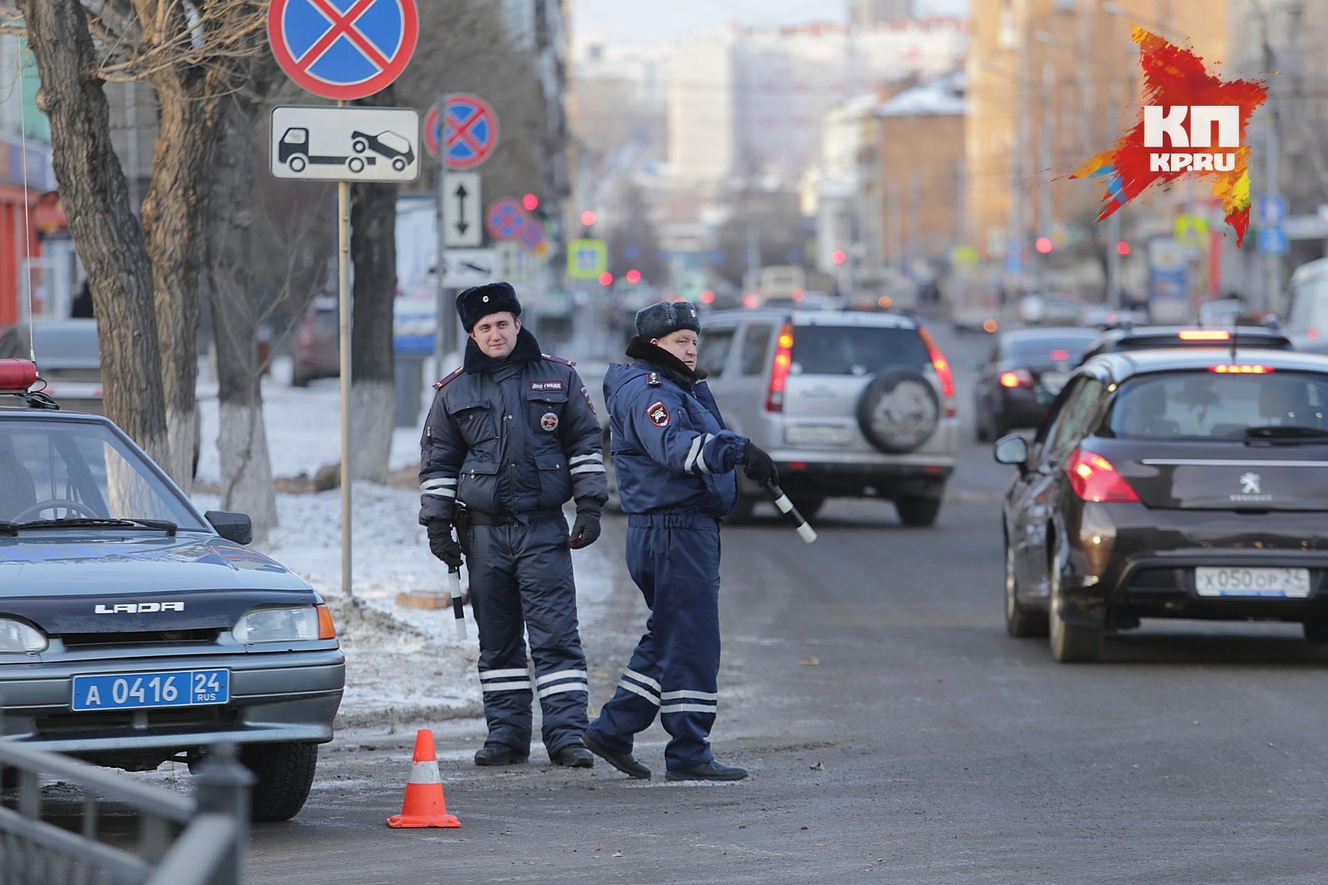 ВКрасноярске автолюбитель на«Мерседесе» сбил подростка и исчез сместа ДТП