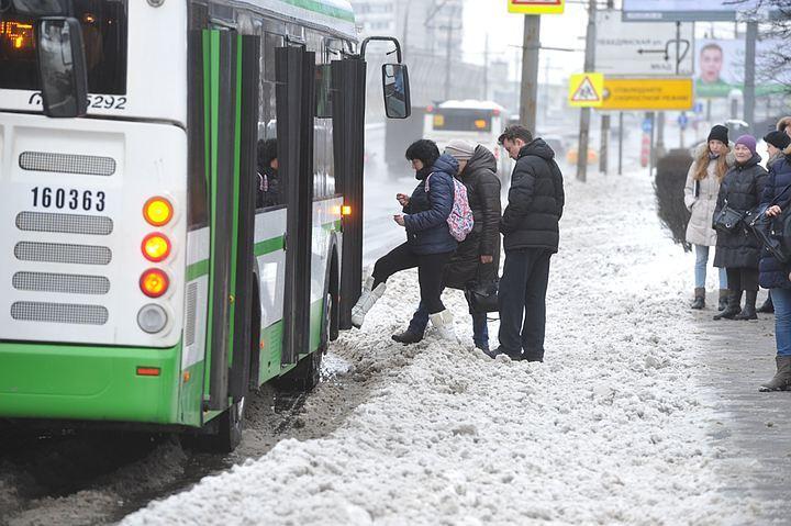 Евгений Тефтелев пообещал усиленный режим уборки улиц доконца снегопада