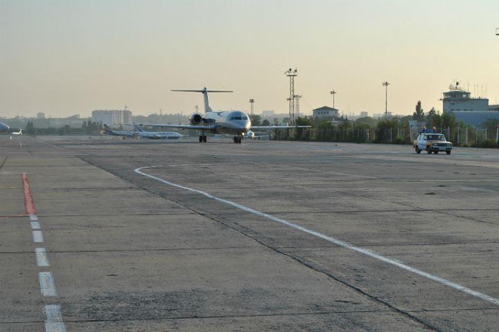 ВРостове инспектор службы авиационной безопасности задержал рейс, провожая нетрезвого друга