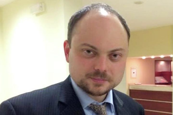 Юрист: Кара-Мурза-младший вышел изкомы