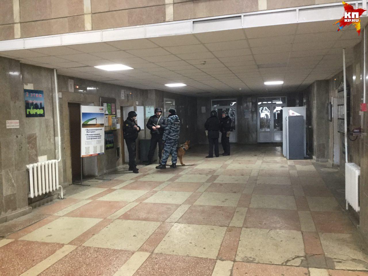 Виновник эвакуации Фрунзенского суда звонил ссотового телефона