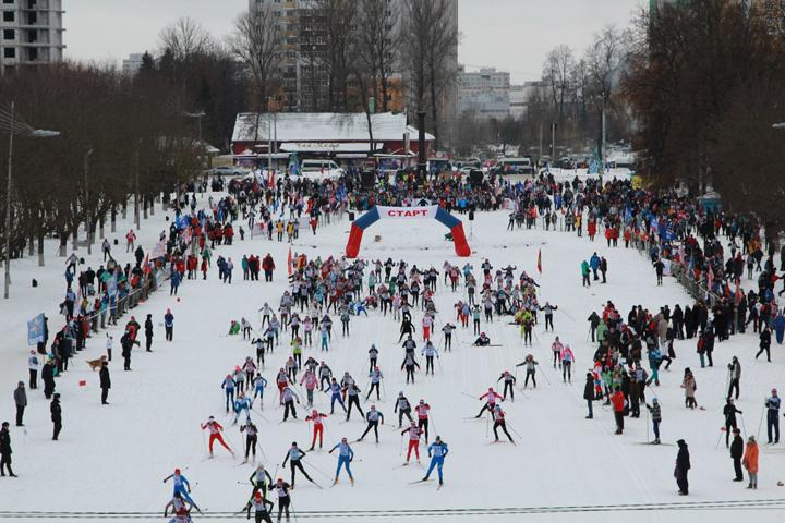 Трёхлетний Нестор Доагэ стал самым юным участником «Лыжни России» вБрянске
