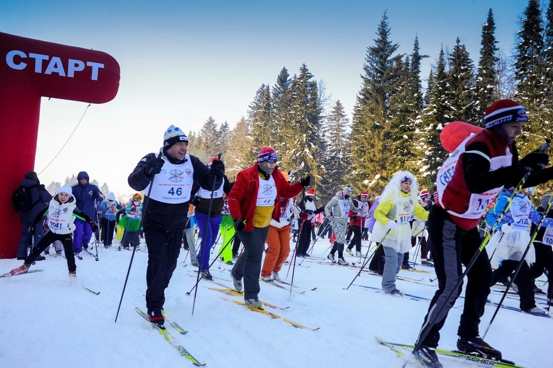 «Лыжня России» вПерми прошла в30-градусный мороз