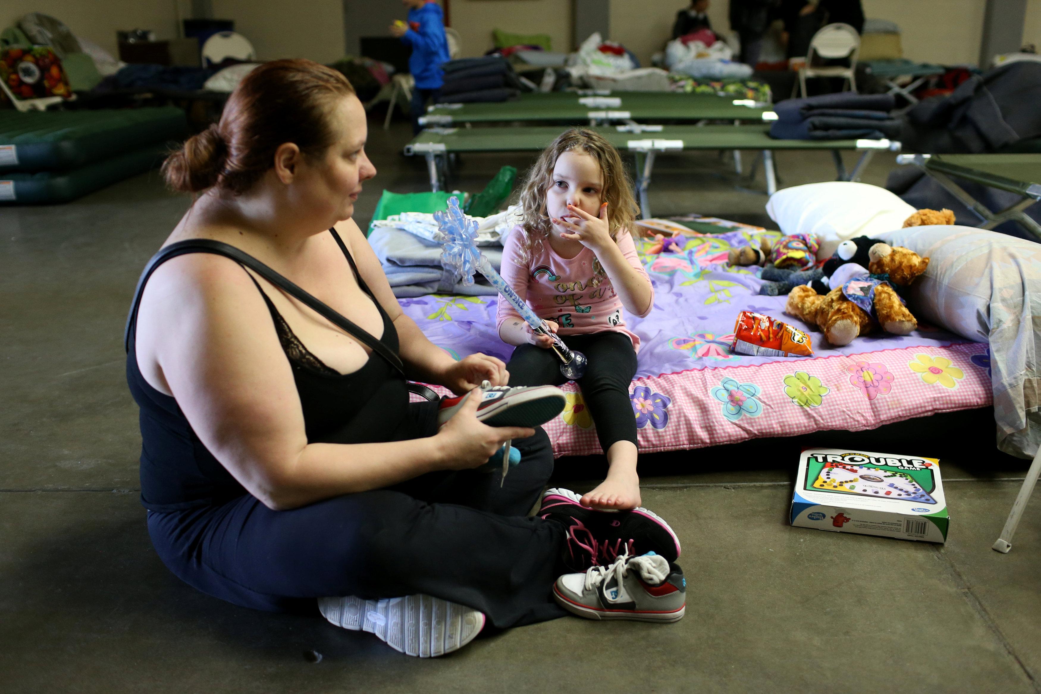 Эвакуированным из-за угрозы прорыва плотины жителям Калифорнии разрешили вернуться