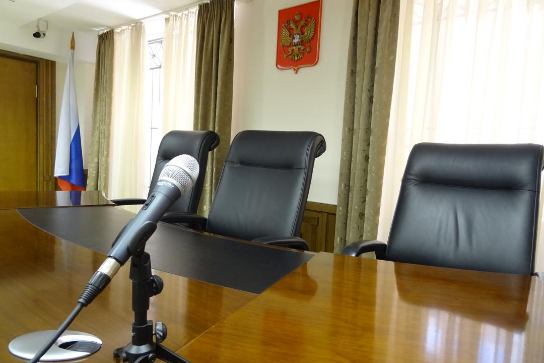 Граждане Сургута сядут втюрьму запопытку отобрать квартиру узнакомого