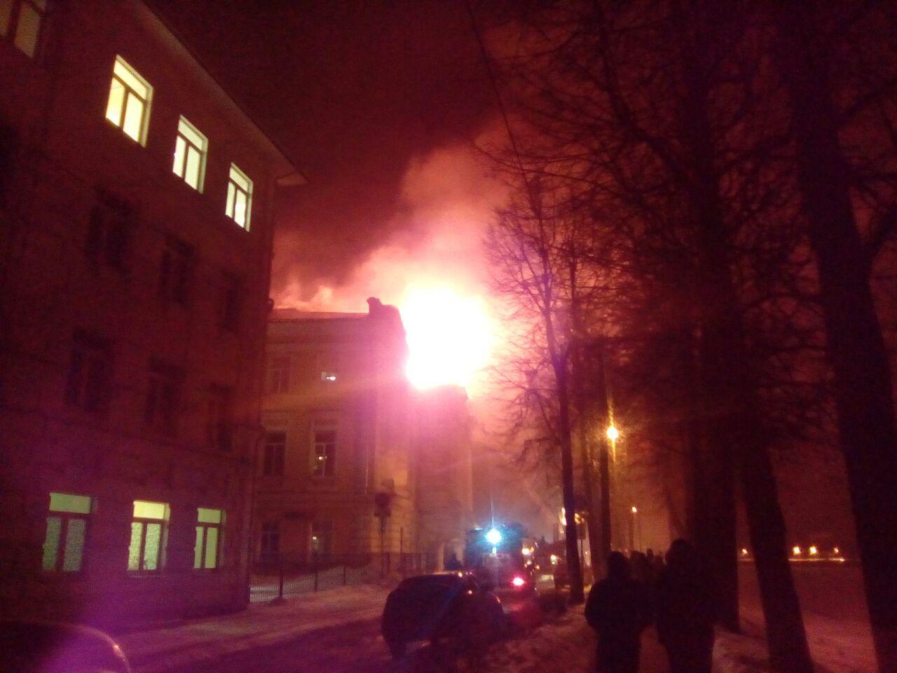 ВТвери произошел пожар вдетской медицинской  клинике