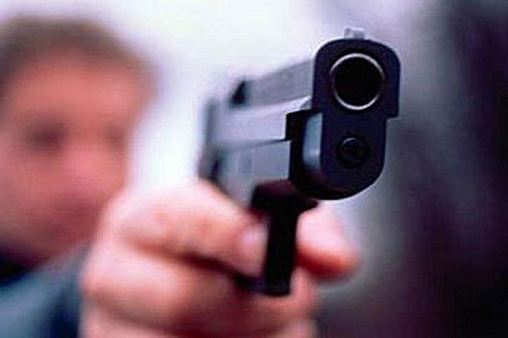 ВЗеленодольске мужчины вмасках ограбили ювелирный салон на 600 000 руб