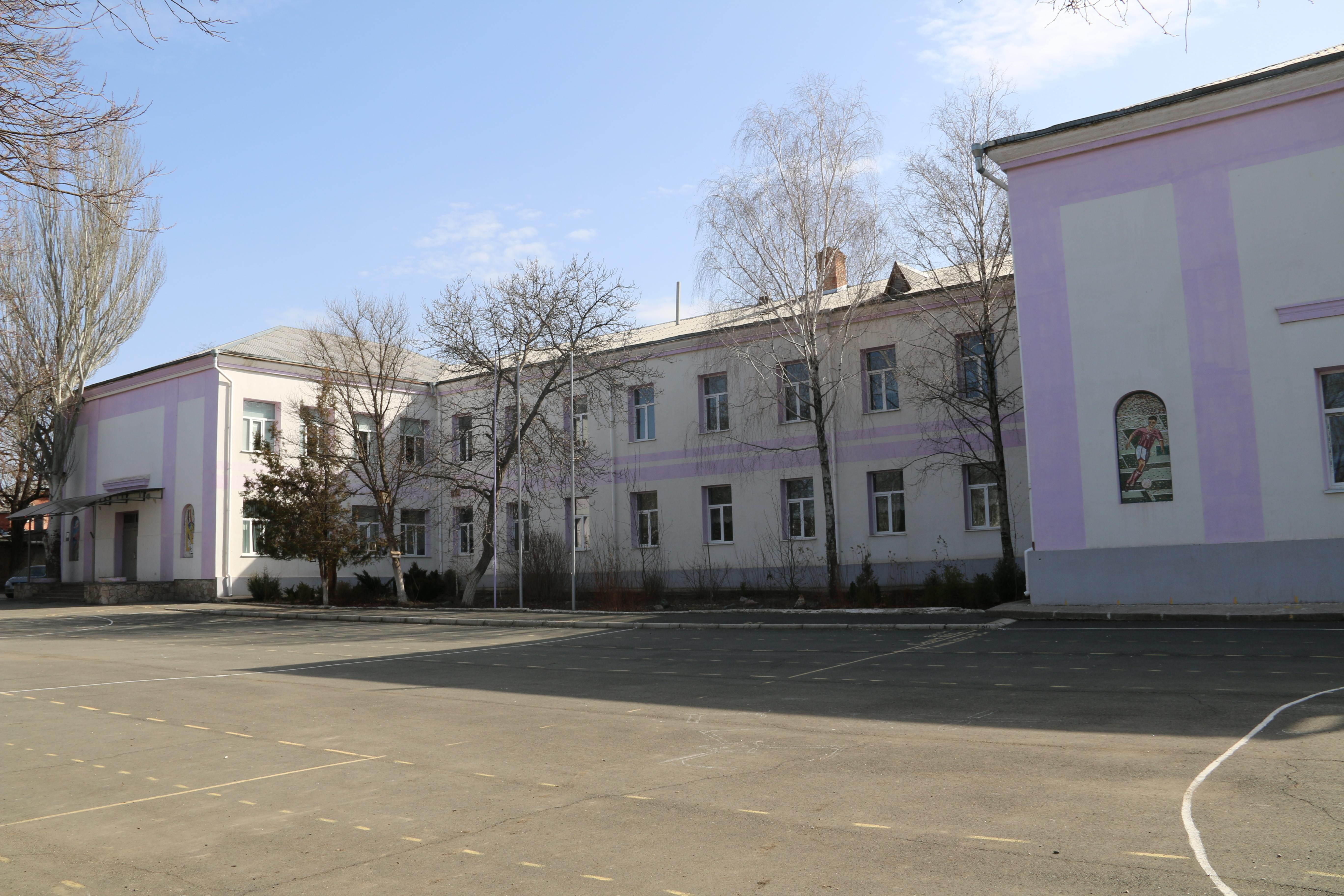 Всимферопольской школе семеро детей отравились просроченным клофелином— МинздравРК