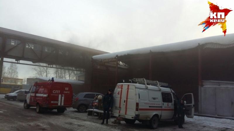 ВЕкатеринбурге горел склад спластиком