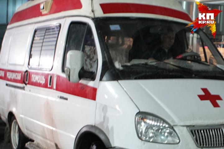 ВНовозыбкове шофёр «Шевроле» протаранил «Рено» иснес столб