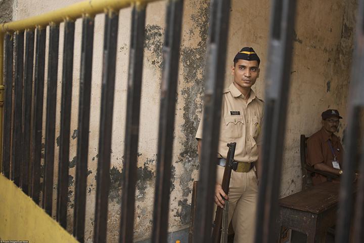 ВИндии арестовали 3-х человек зажертвоприношение 10-летней девушки