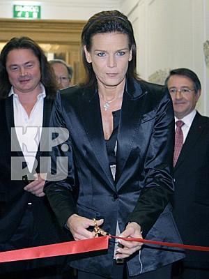 В Москве открылась выставка «Эпоха Грейс Келли, принцессы Монако». Выставку открыла дочь Грейс - принцесса Монако Стефания