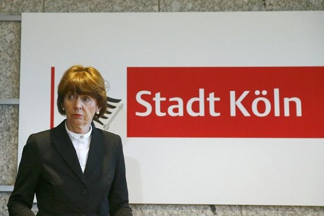 Мэр Кельна Генриетте Рекер рассказала немкам, как не стать жертвами домогательств Фото: REUTERS