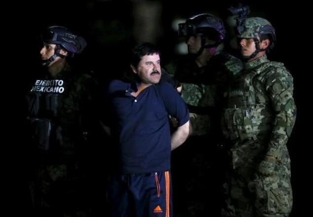 Силам безопасности Мексики удалось поймать наркобарона Хоакина Гусмана Лоэру, известного как «Эль-Чапо» Коротышка благодаря интервью, которое взял у него знаменитый голливудский актер Шон Пенн Фото: REUTERS