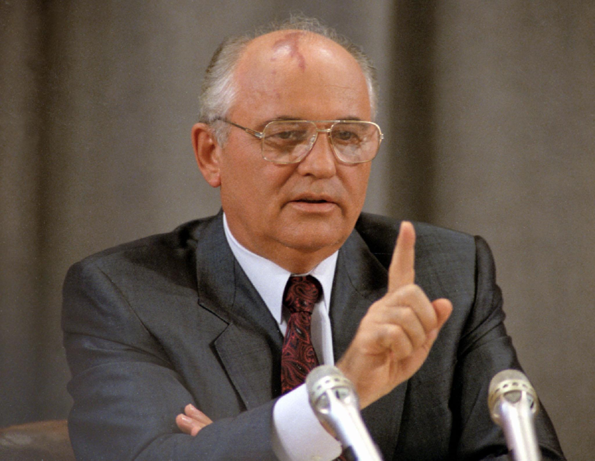 Президент СССР Горбачев М.С. даёт пресс-конференцию после возвращения из Фороса, 1991г.  . Фото Анатолия Морковкина /Фотохроника ТАСС