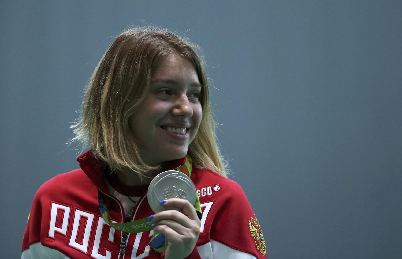 Виталина Бацарашкина принесла нашей сборной вторую медаль, серебряную Фото: REUTERS
