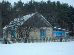 Дом под Орлом, где жили Ганижевы. В селе их хорошо помнят.