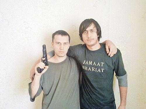Виталий Раздобудько (слева) из Пятигорска.  Организовал теракт  в аэропорту «Домодедово».
