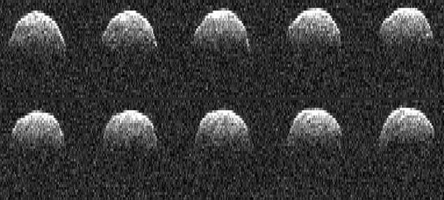 Изображение астероида 1999 RQ36, полученное в 1999 году.