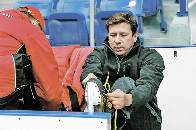 Андрей Мерзликин сыграет наставника заклятых соперников «Медведей» - команды «Ледяные короли».