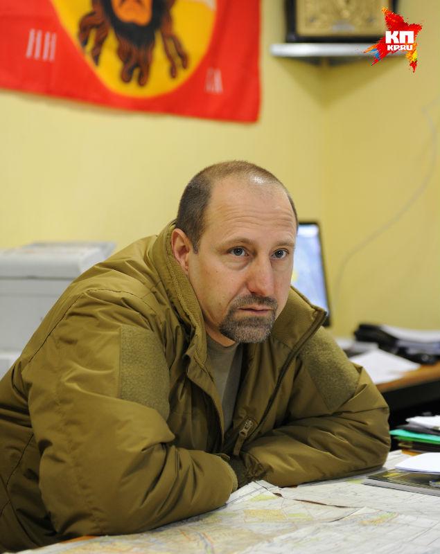 """"""" Потуги к установлению перемирия есть, по крайней мере, можно сказать, что на отдельных участках оно соблюдается полностью"""" Фото: Виктор ГУСЕЙНОВ"""
