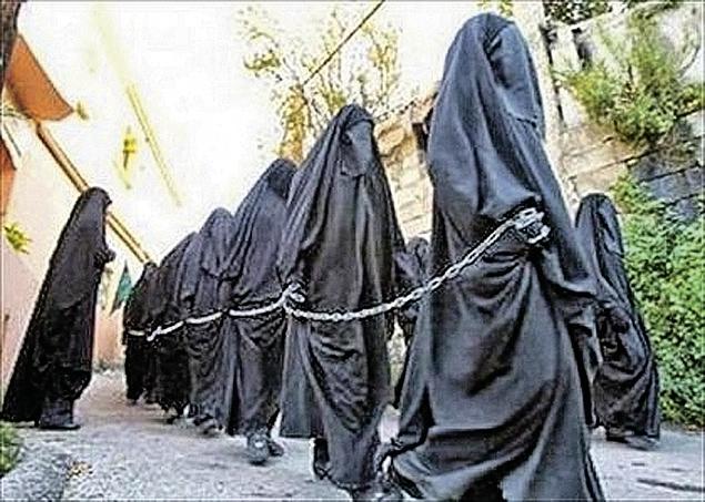 Тем, кто нарушит установленные боевиками цены, грозит казнь... Фото: СОЦСЕТИ