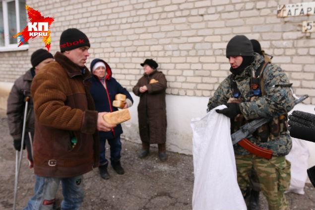 В Красном партизане остались, в основном, старики. Молодых редко увидишь. Фото: Александр КОЦ, Дмитрий СТЕШИН