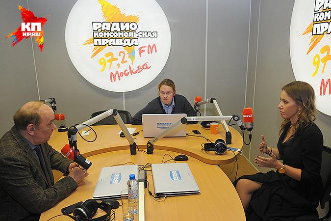 """Виктор Баранец и Ксения Собчак в студии радио """"КП"""" Фото: Виктор ГУСЕЙНОВ"""