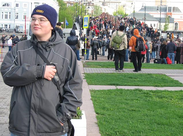 Этот парнишка, живший в Подольске, стал звездой для украинских пользователей, наших либералов и некоторых западных СМИ