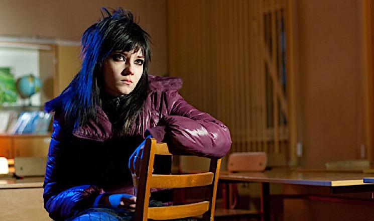 «Не хотелось строить из себя обезьяну»: почему не сложилась карьера звезды сериала «Школа» Валентины Лукащук