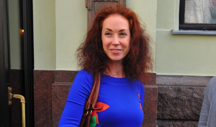 Вышла замуж за сводного брата, прекратила общаться с матерью: как живет актриса Анна Большова